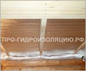 Пароизоляция потолка фольгированным пенофолом